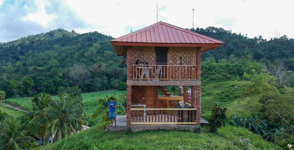 native_cottage