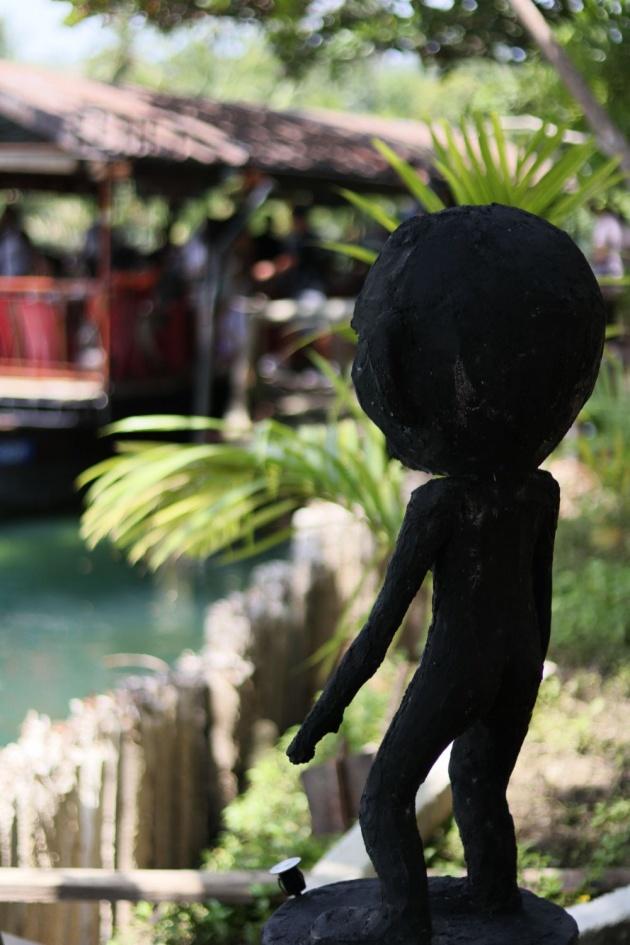 bohol_floating_restaurant