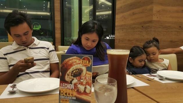 dinner_experience_in_kuya_j_restaurant