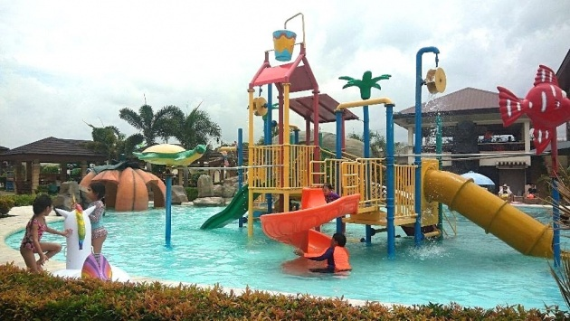 cebu_westown_lagoon_waterpark