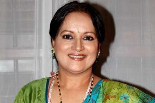 bollywood_actress_karishma_kapoor