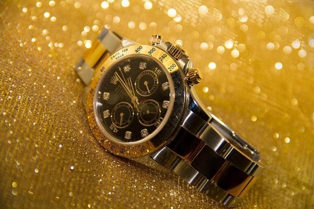 luxurious_man_watch