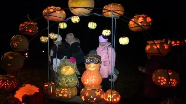 carved_pumpkin_lanterns