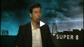 Kyle Chandler Talks About