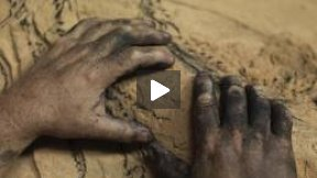 El cuaderno de barro - Trailer Festival dei Popoli