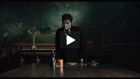 """Dark Shadows"" (2012) Movie Review"
