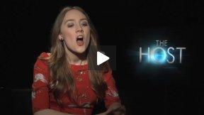 "Saoirse Ronan (Melanie/Wanda) Talks About ""The Host"""