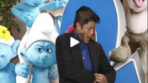 """The Smurfs 2"" and ""2 Guns"" Movie Review"