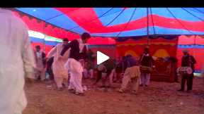 pakistani interesting dance.