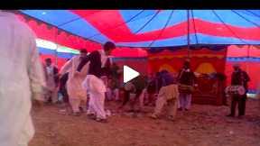 pakistani interesting dance.